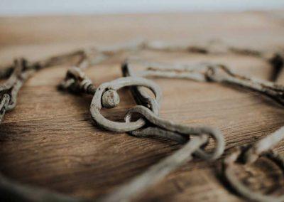 Slave-Chains-(18)-900w