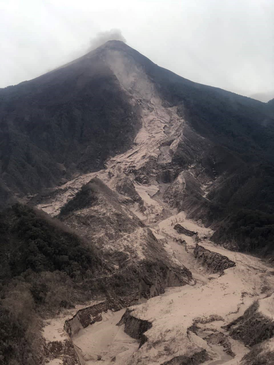 Path of Sunday Jun 3 2018 Pyroclastic cloud and Flow
